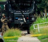 Ill. trooper serving warrant dies from gunshot wounds