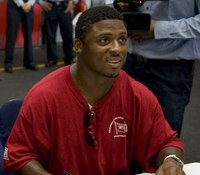 Former NFL player pens heartfelt letter in response to slayings of La. officers