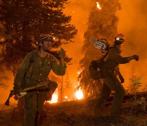 The civilian wildland firefighter has become critical to wildland firefighting efforts. (Photo/U.S. Department of Agriculture)