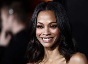 """AP Photo/Matt Sayles Zoe Saldana arrives at the premiere of """"Avatar"""" in Los Angeles in Dec. 2009. Saldana assisted an injured driver last week after she witnessed a car accident."""