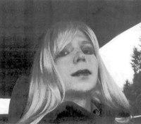 Obama commutes Chelsea Manning's sentence