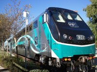LA's Clean Diesel Locomotives Unveiled & Operating