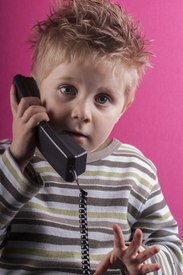 8 Tips For Teaching Children How to Call 911 (According to Dispatchers)