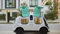US Lets Self-Driving Delivery Vehicle Bypass Human-Driver Safety Rules