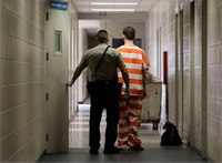 Critics want delay of $500 million for Calif. jails