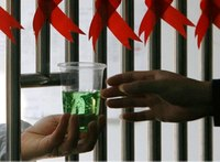 Should jails allow methadone treatment programs?