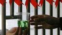 Should jails allow methadone treatment programs?