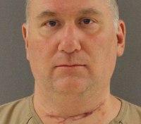 Motion: Violent Tenn. ex-con too dangerous to go unshackled