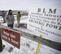 Feds, defense attorneys at odds over 2nd trial of Ore. standoff