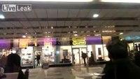 Police arrest robber trapped inside store