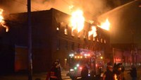 Wall collapses at Chicago warehouse fire
