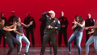 Knoxville police officers show off their moves