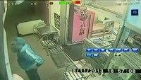Pizza maker turns paramedic