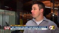Med students receive EMT training