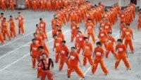Filipino inmates dance to 'Thriller'