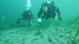 P8X Metal Detector - Training exercise for finding buried ammunition