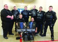 Texas COs take part in Special Response Team training