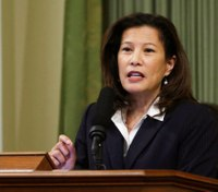 California's chief justice gives bail reform a boost