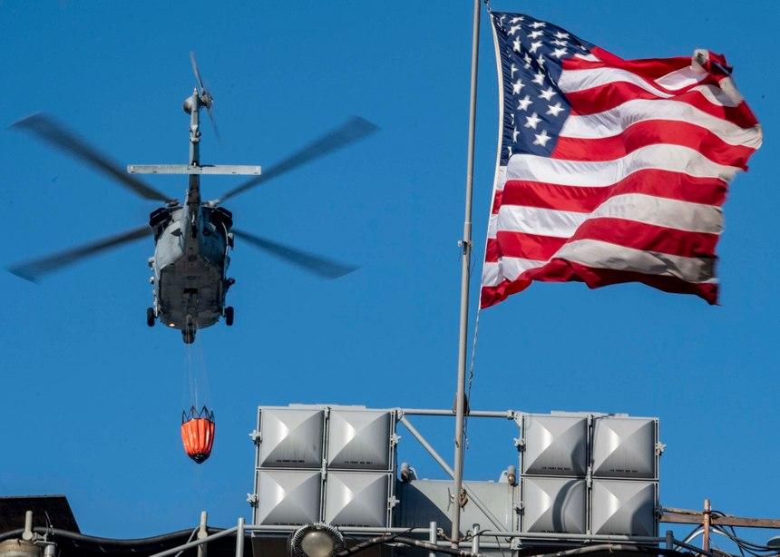 (Photo/U.S. Navy photo by Mass Communication Specialist 1st Class Julio Rivera)