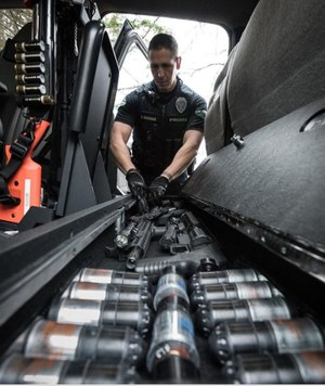 From detectives to SWAT team commanders, TruckVault's systems give officers a wide array of options. (image/TruckVault)