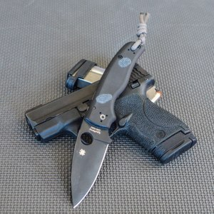 """The Spyderco Shaman is a heavy-duty knife with advanced ergonomics. It has G10 scales and a 3.58"""" blade. At 5.2 oz, it is heavier than most EDC knives, but the weight is one of its greatest features. (Photo/Lindsey Bertomen)"""