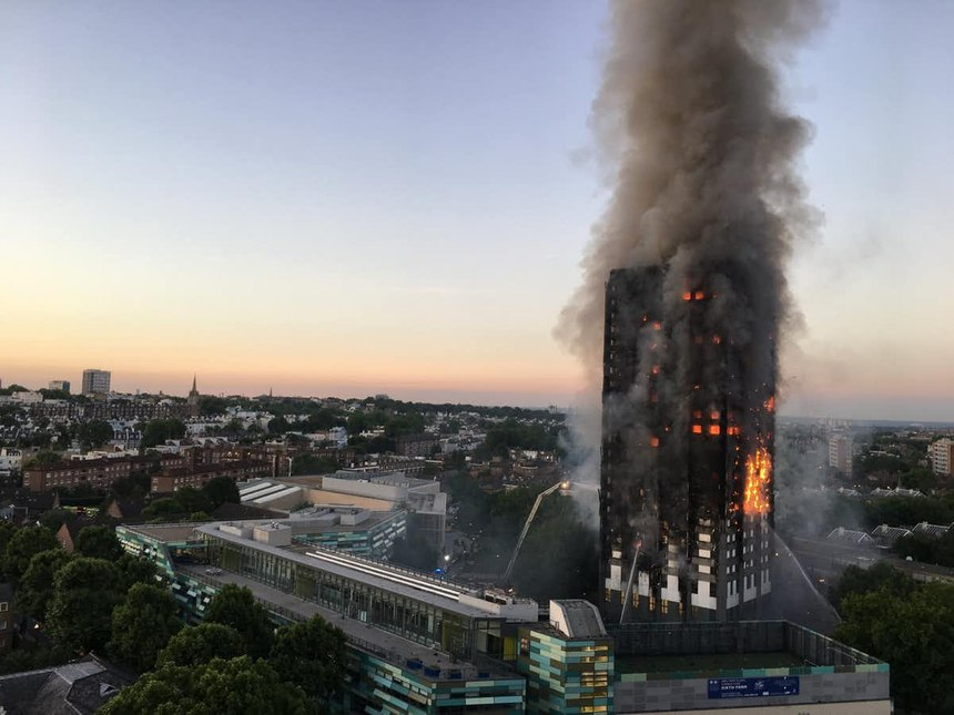 A rapidly growing fire at the Grenfell Tower in London challenged city officials' decision-making skills.