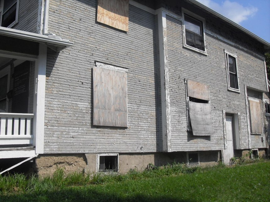 Several notable factors could be missed if the officer heads straight for the front door. In this case, interior stair location, direct basement access, building construction clues, and various access/egress factors are obvious on the Delta side.