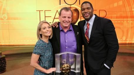 "A teacher at Great Neck South High School, Motchkavitz was a finalist in the 2014 top teacher search on the morning talk show ""Live with Kelly and Michael."""