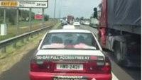 Taxis block ambulance in emergency lane